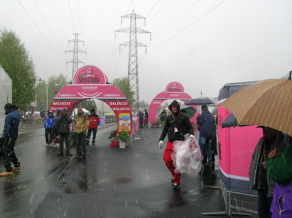 Annullata la tappa del Giro d'Italia a Pontedilegno - © Adamello Ski