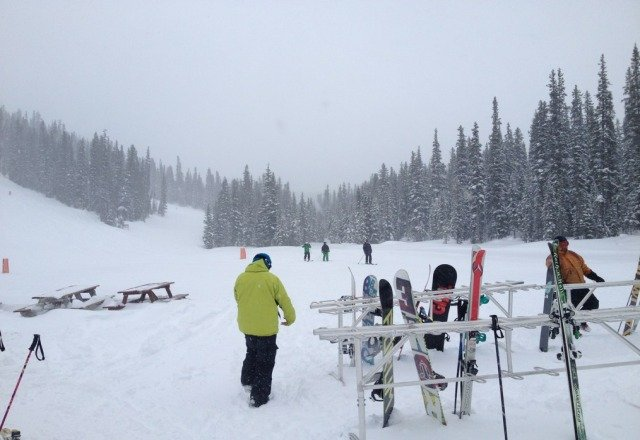 great day. fresh 6 inches of snow. so nose up in the morning, later day was worked in more. still was snowing when we left