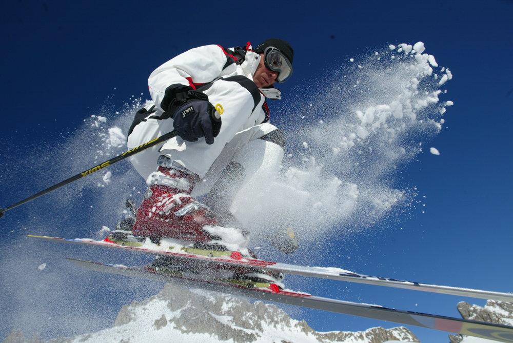 Ski jump in Serre Chevaliere Ski Holidays Popular Despite Credit Crunch (copyright Serre Chevaliere tourism) - ©Serre Chevalier tourism
