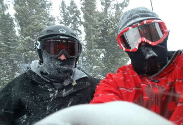 great day with friends, awesome powder, tons of fresh snow... great way to start the season