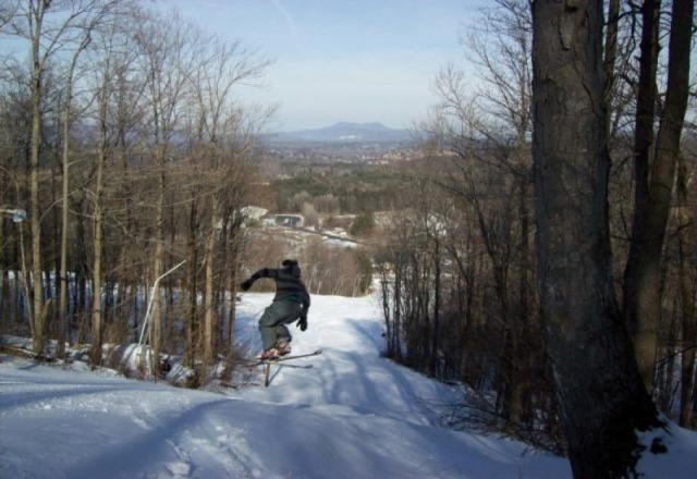 "snowboarding on ""Dinos"""