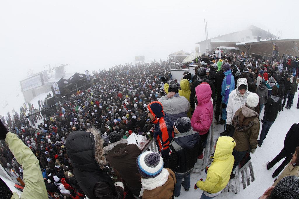 Feest op de Schattberg: Rave on Snow in Saalbach