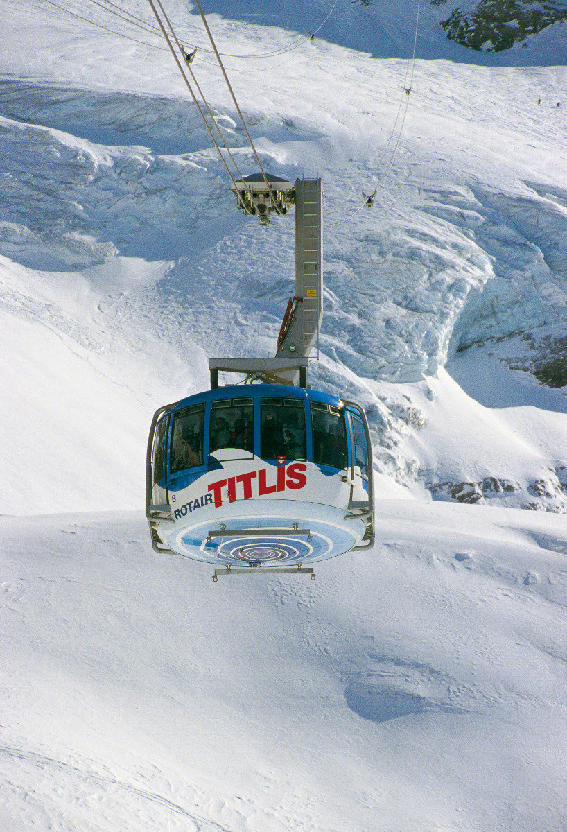 The Titlis Rotair ski lift in Engelberg, Switzerland - © Engelberg-Titlis Tourismus AG