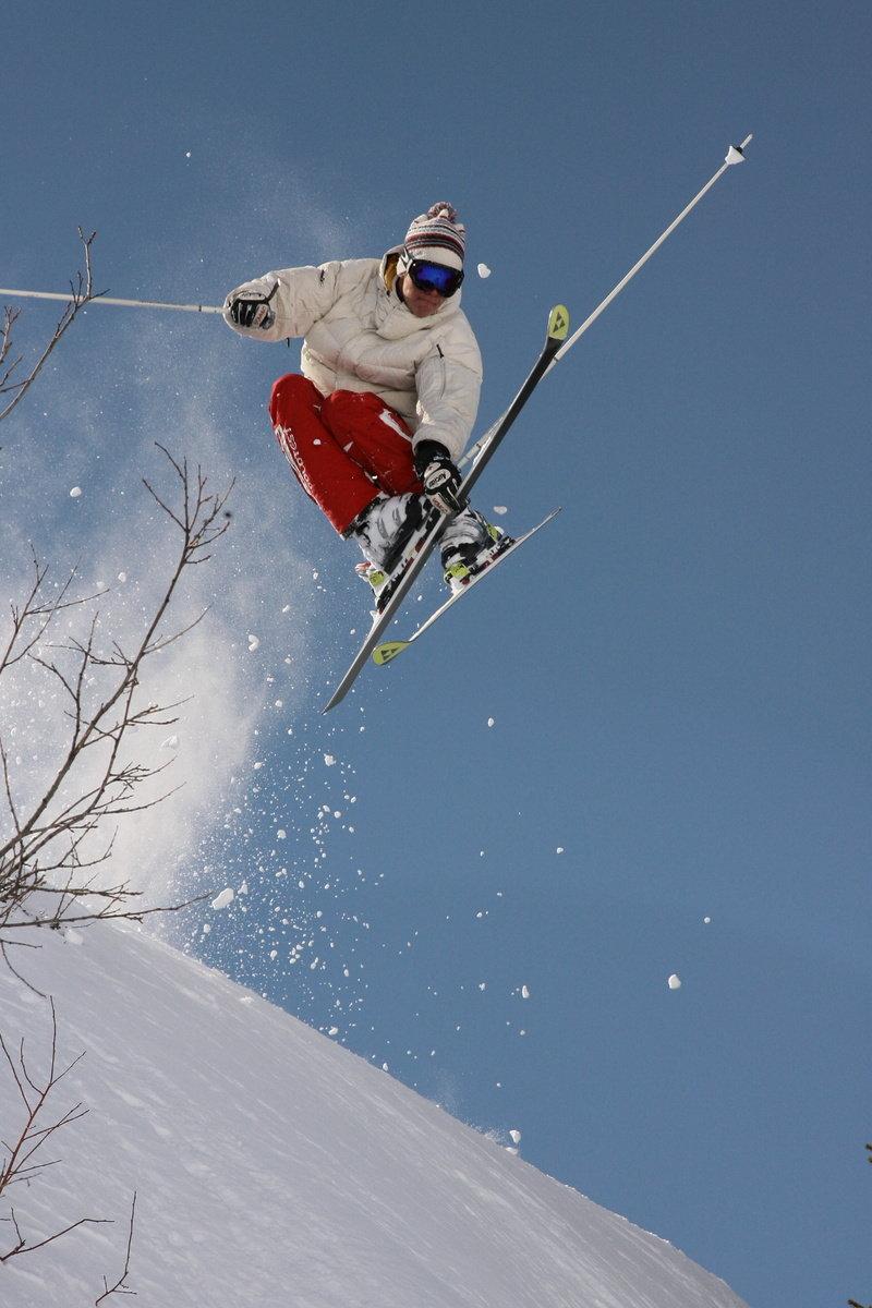 Auch für Freestyler/Freerider hat das Skigebiet einiges zu bieten - © Foto Villars Touirsmus, Schweiz