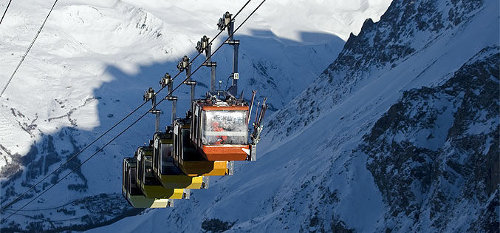 Best ski lifts: the gondola in the French resort of La Grave takes you to a challenge you'll never forget. - © La Grave