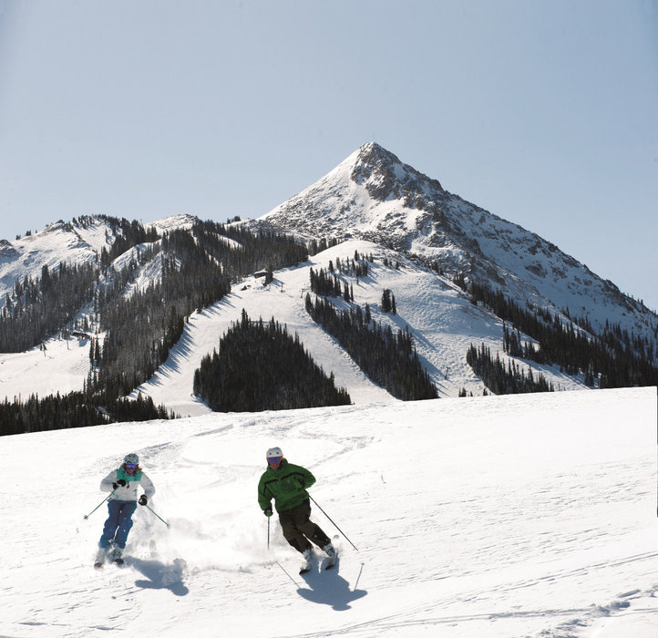 Cruising the groomers at Crested Butte Mountain Resort. - © Courtesy of Crested Butte Mountain Resort.