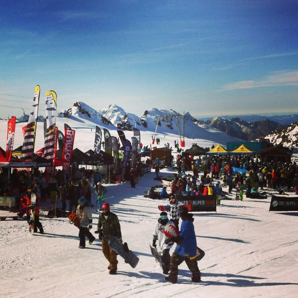 'Enjoy The Glacier' event on Les 2 Alpes glacier. Oct. 25-26, 2014 - ©Les 2 Alpes