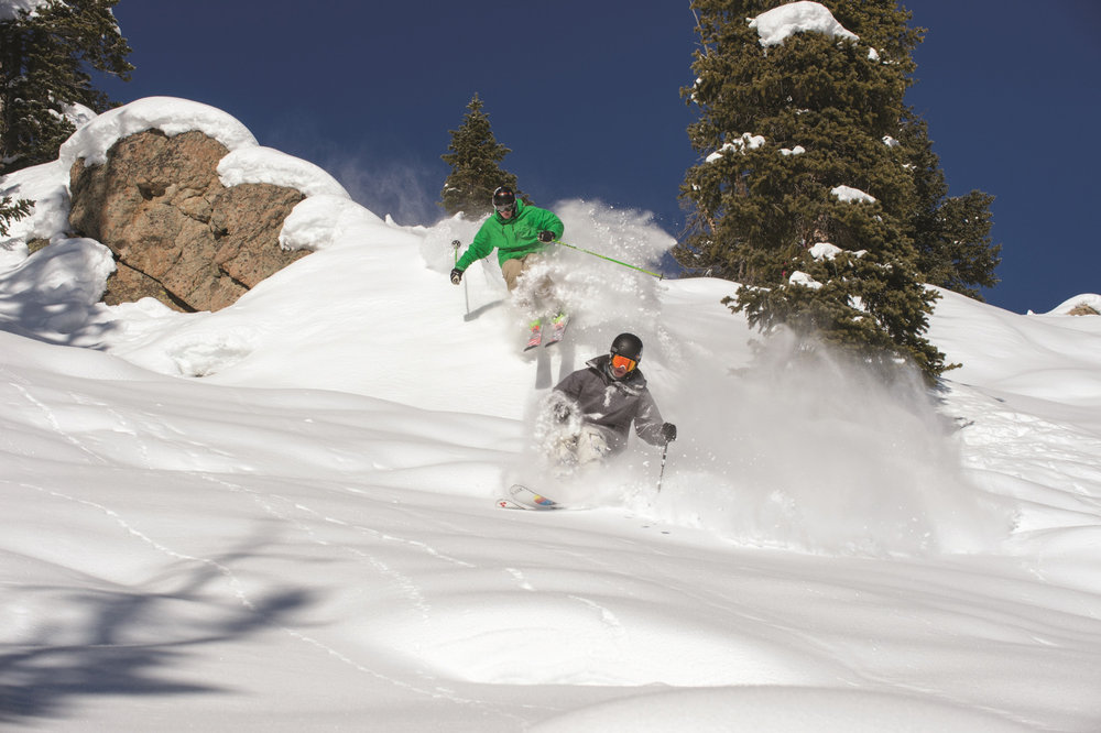 Freeride action on a powder day at Crested Butte Mountain Resort. - © Courtesy of Crested Butte Mountain Resort.