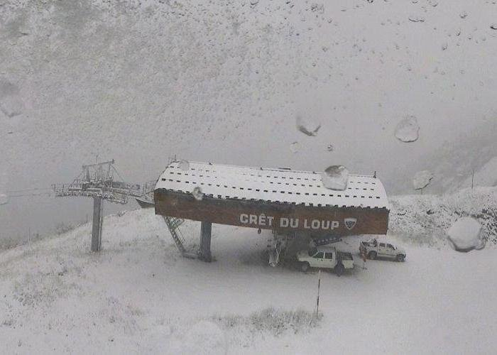 Fresh snow in La Clusaz, Oct. 10 2013