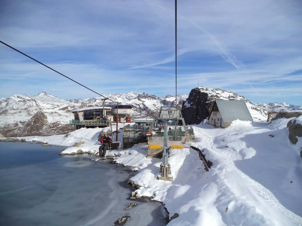 Presena glacier Oct. 19, 2013 - ©Adamello Ski