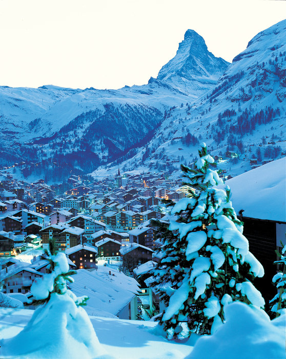 Snow-clad Zermatt and the Matterhorn, Switzerland.  - © Zermatt Tourismus