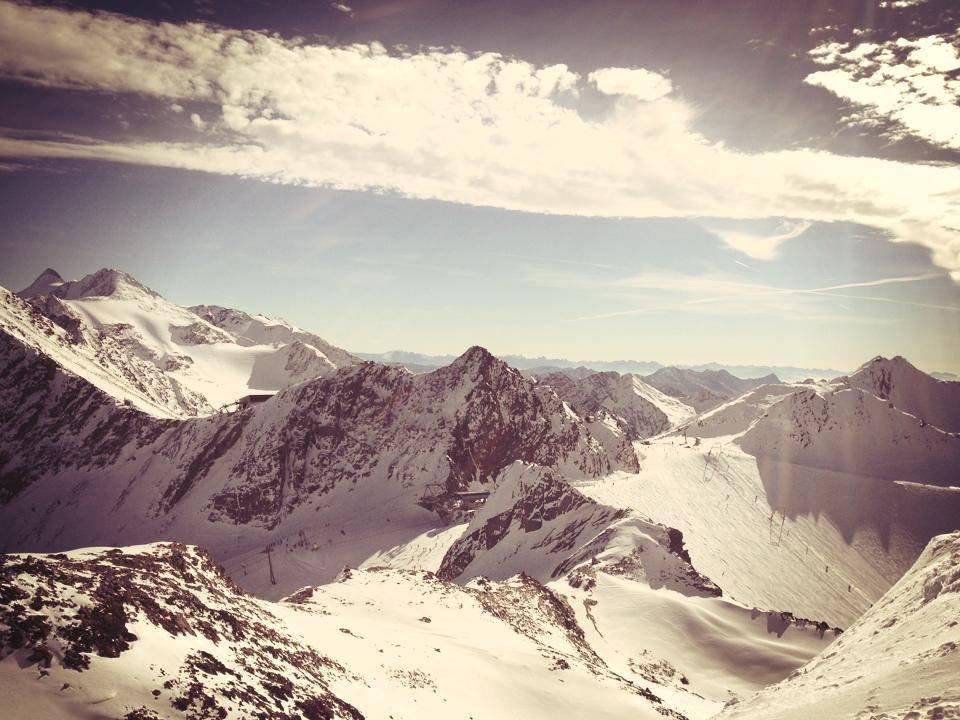 Stubai glacier, Oct. 26, 2013 - ©Stubai glacier