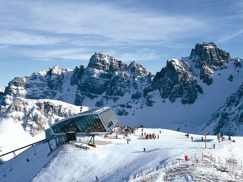 Innsbruck dispose d'infrastructures de choix avec 90 remontées et 300 km de pistes disponibles - © ® Innsbruck Info