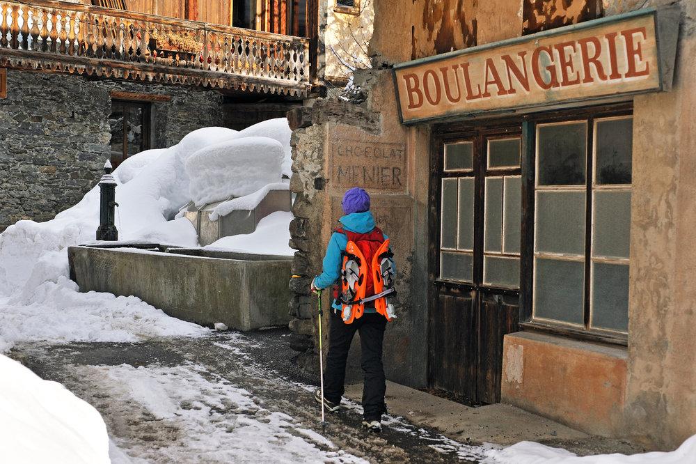 Balade dans les ruelles du village de Sainte Foy - © P. ROYER / OT de Sainte Foy Tarentaise