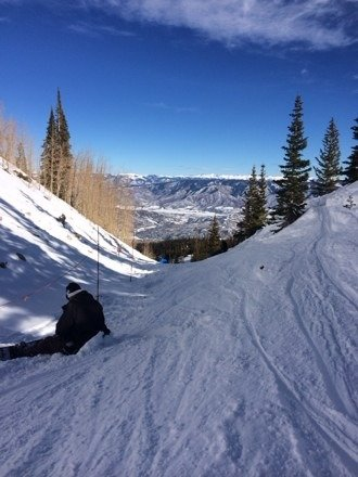 Great conditions at snowmass. No lines at all today.