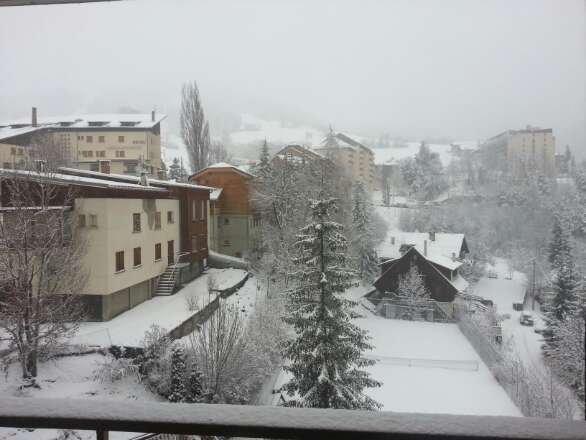 Ce matin au pied de La Savonnette (1400) Bonne neige bien fraîche ... mais peu de visibilité :-(