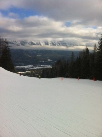 Great days in fernie. Lots of new powder.