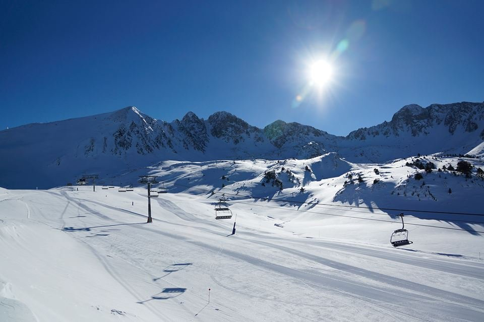 Blue skies and fresh snow for Grandvalira, Andorra Nov. 28, 2013