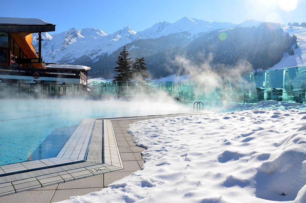 L'espace aquatique des Aravis est parfait pour se détendre après une journée de ski - © Milherou