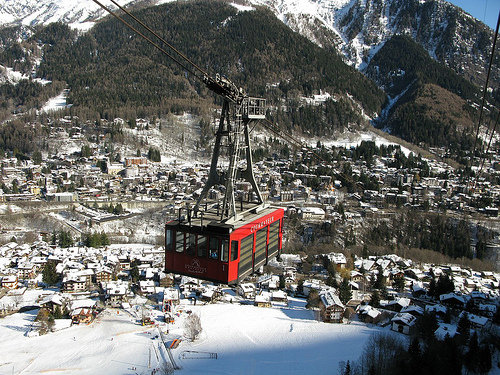 Riding the cable car from Courmayeur.  - ©Leo-Seta