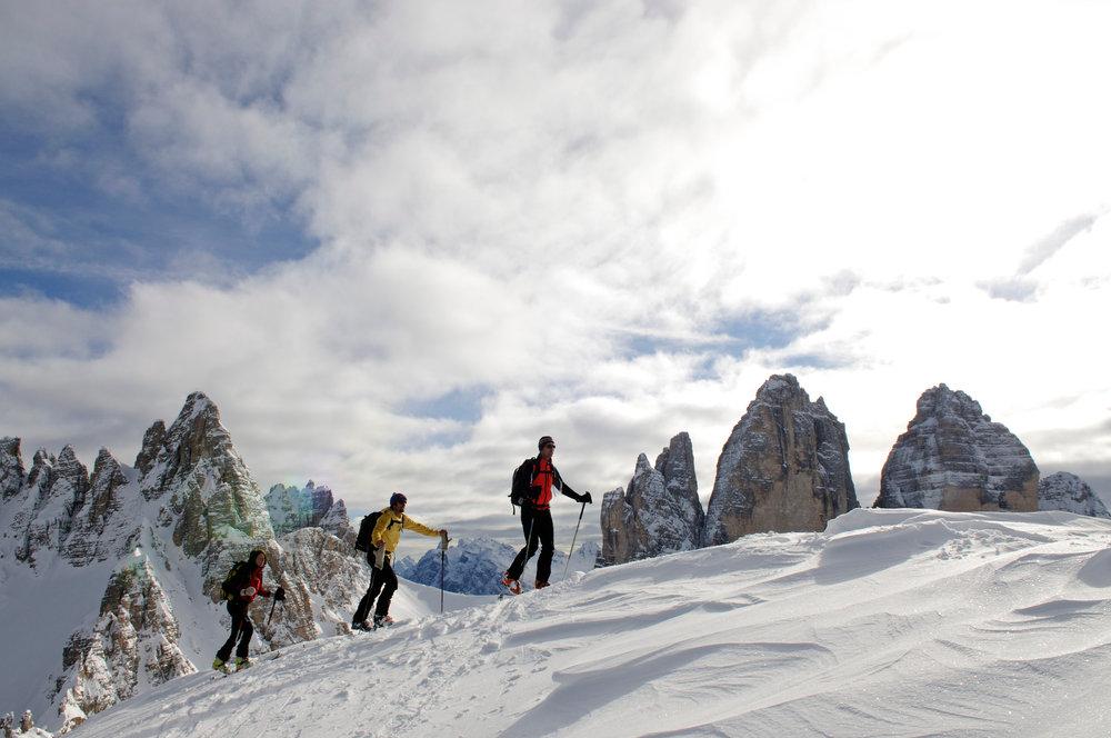 Skitourengeher vor den Drei Zinnen - © Norbert Eisele-Hein