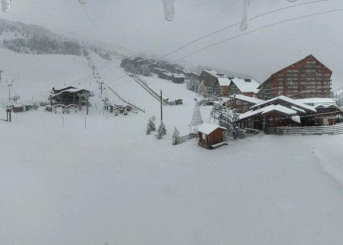 Snow in Meribel Nov. 15, 2013