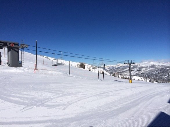 "4"" of fresh powder yesterday. Blue skies all day long."