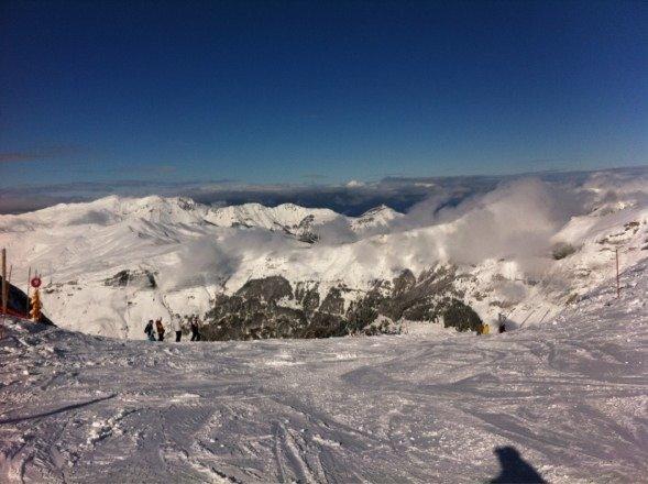 Samedi 1 de février ,c tombé toute la journée  mais dimanche , ouaaah neige , temps et piste de rêve !!