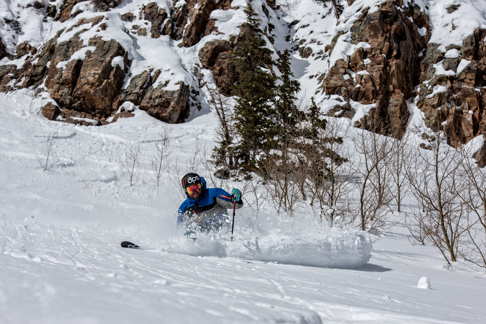 Crushing powder turns at Snowmass. Skier G.R. Fielding - ©Liam Doran