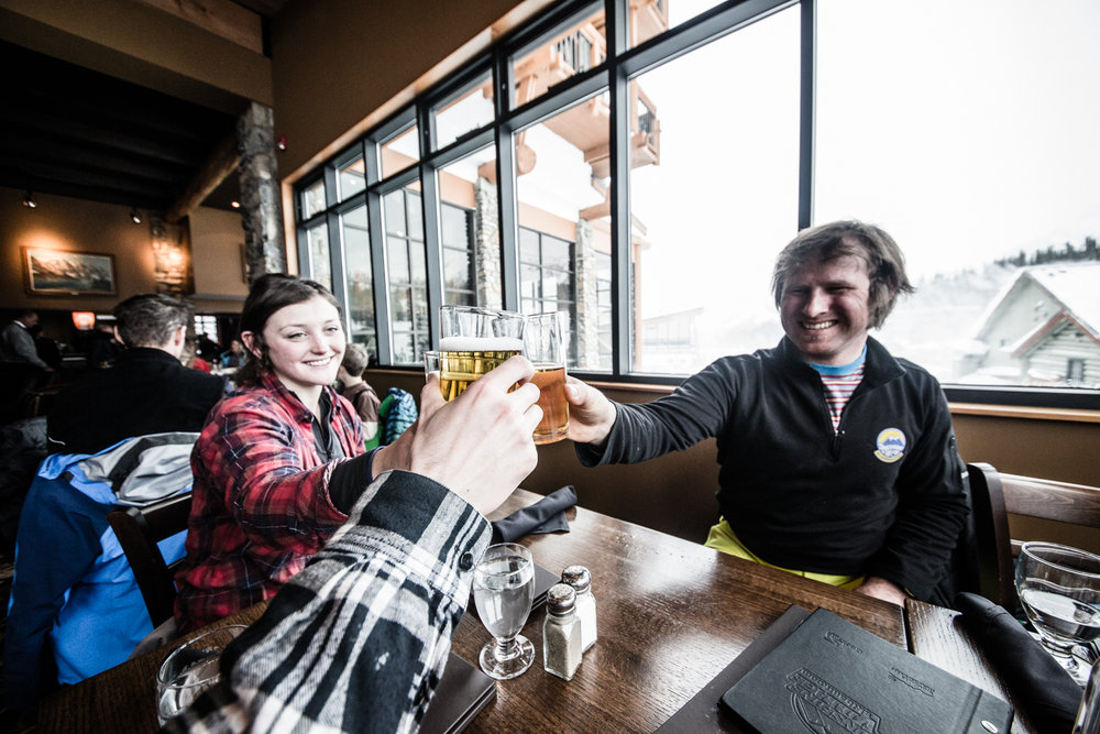 What else to do after a deep powder day but après at the Chimney Corner Lounge? A drink well-earned! - © Liam Doran