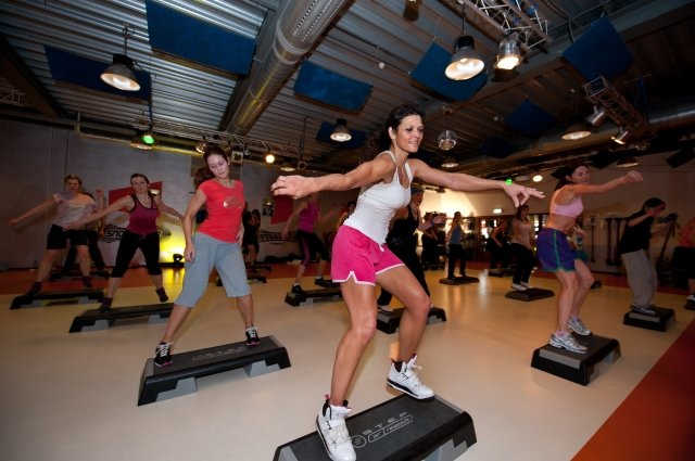 Exercise classes at SnowWorld Fitness Zoetermeer, part of the SnowWorld indoor ski centre - © SnowWorld