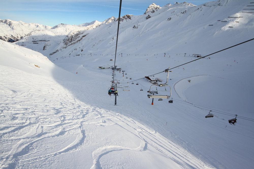 Fahrt mit der Palinkopfbahn, die die Skifahrer auf 2864 Meter bringt - © Skiinfo
