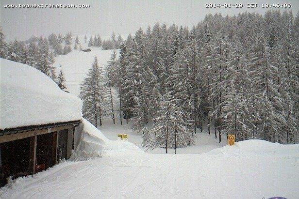 Madesimo - Durante e dopo l'ultima nevicata del weekend | 18-19 Gen 2014