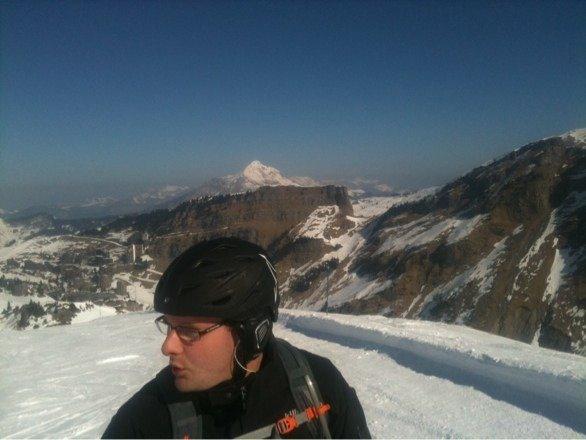 Great sunshine- skiing with Shaun