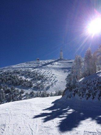 De la neige fraichement tombee cette semaine, un temps de reve !!!  Une super journee au Ventoux!