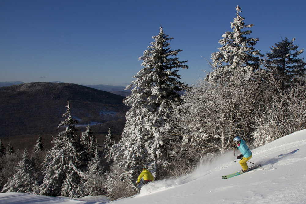 Skiing at Okemo in Vermont - © Okemo Mountain Resort