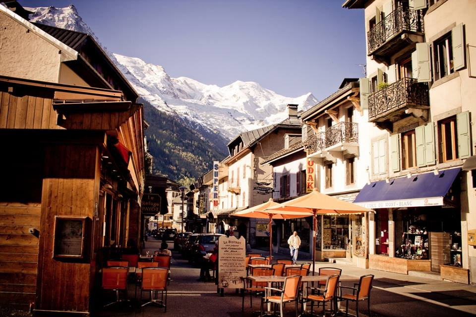 A beautiful sunny day in Chamonix earlier this week, but it's all set to change this weekend with 24cm of snow expected - © Chamonix Tourism