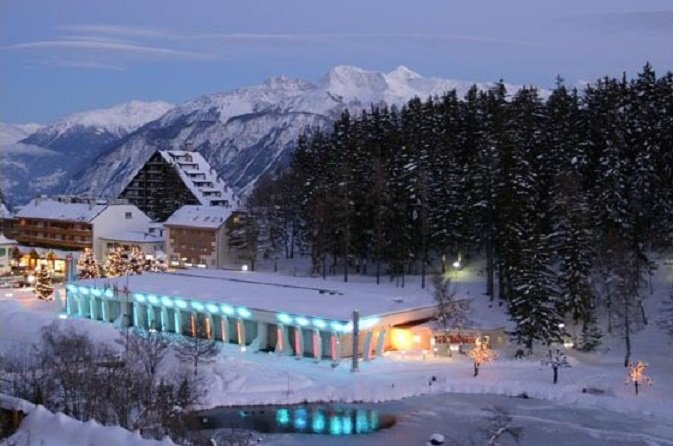 Casino Crans Montana at night - © Casino Crans Montana