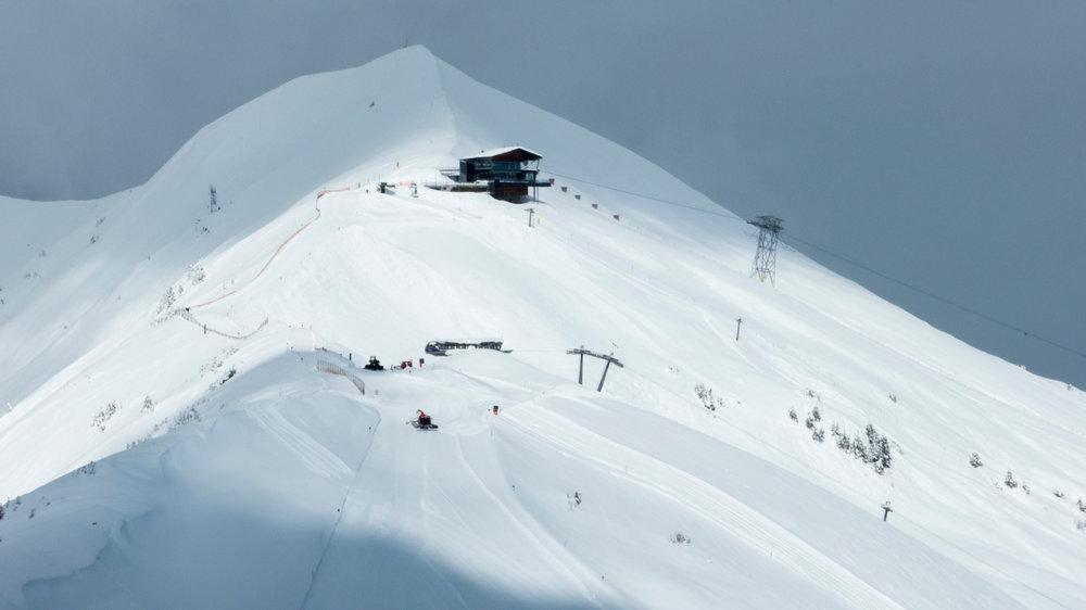 De pistes worden geprepareerd bij de Möserbahn in het Duitse Fellhorn/Kanzelwand op 24 maart 2014 - © Bergbahnen Kleinwalsertal/Oberstdorf