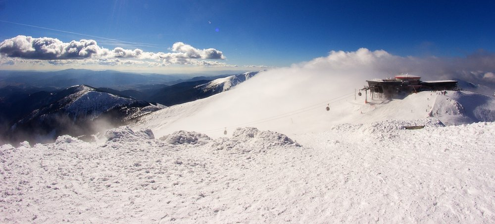 Sunny march skiing in Jasná Low Tatras - © Jasná Nízke Tatry