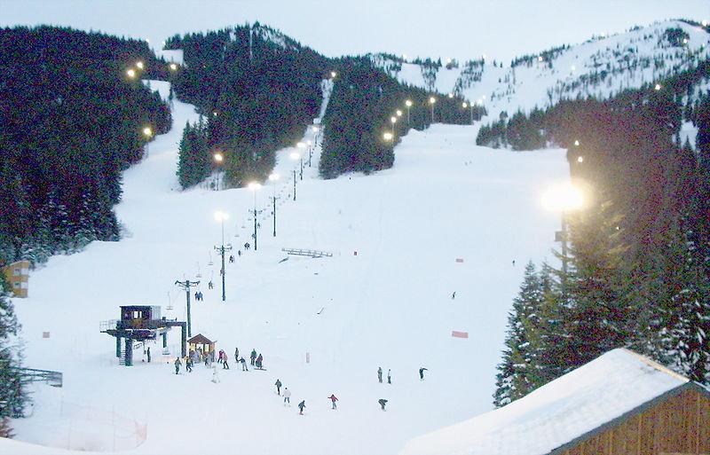 Mt. Hood Ski Bowl - © EncMstr