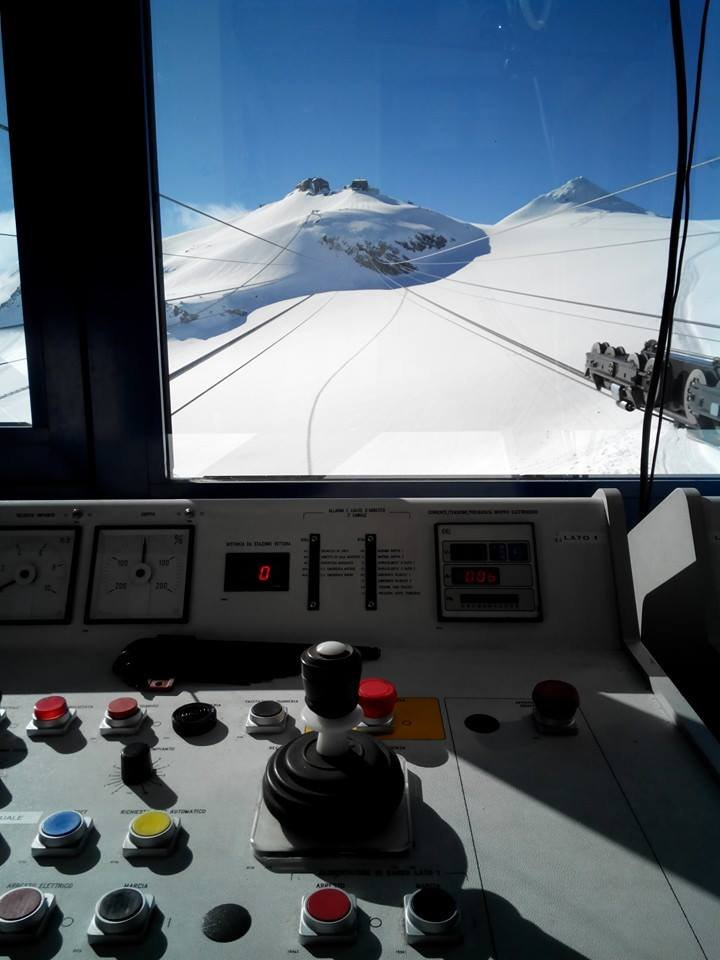 Letni sezon narciarski na Passo Stelvio trwa od czerwca do listopada