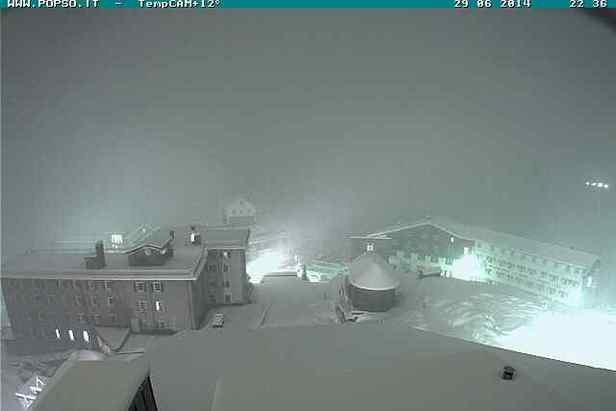 Letný sneh v Alpách - Passo Stelvio 29.6.2014