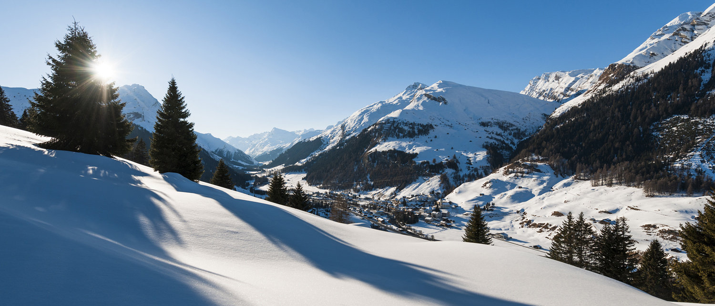 Ski Tour Pizzo Tambo (SUI) - ©Yannick Andrea