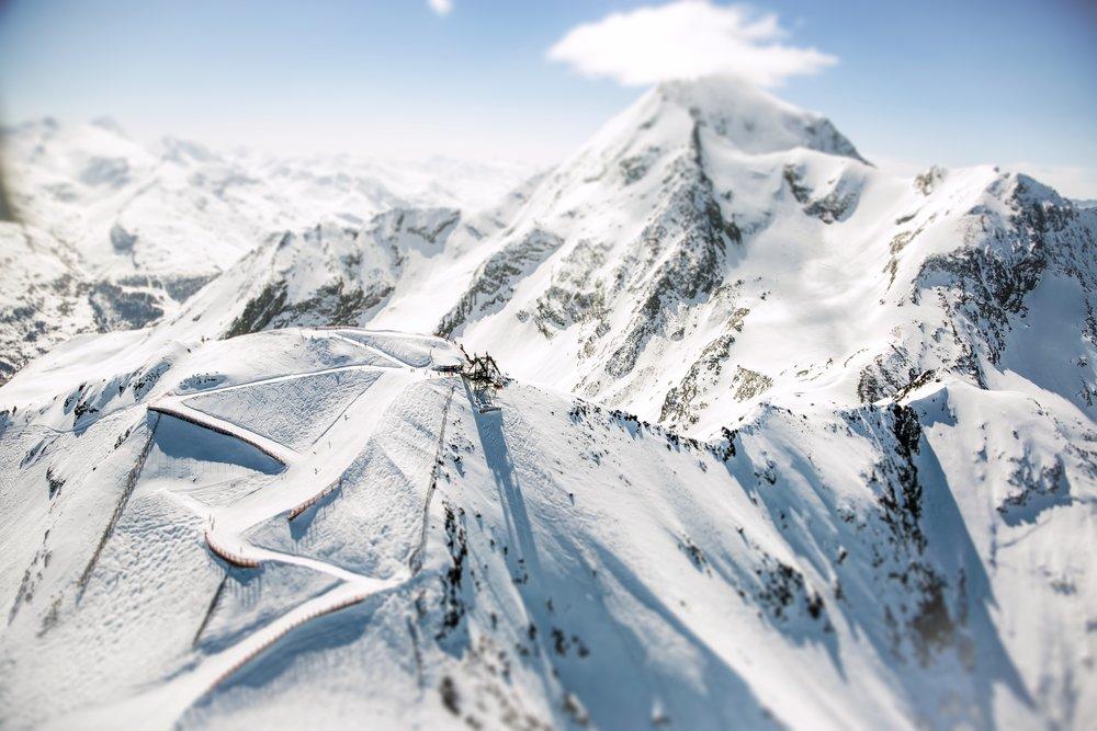 Lyžovačka z vrcholu Les Arcs v lyžiarskej oblasti Paradiski - © Les Arcs Réservation