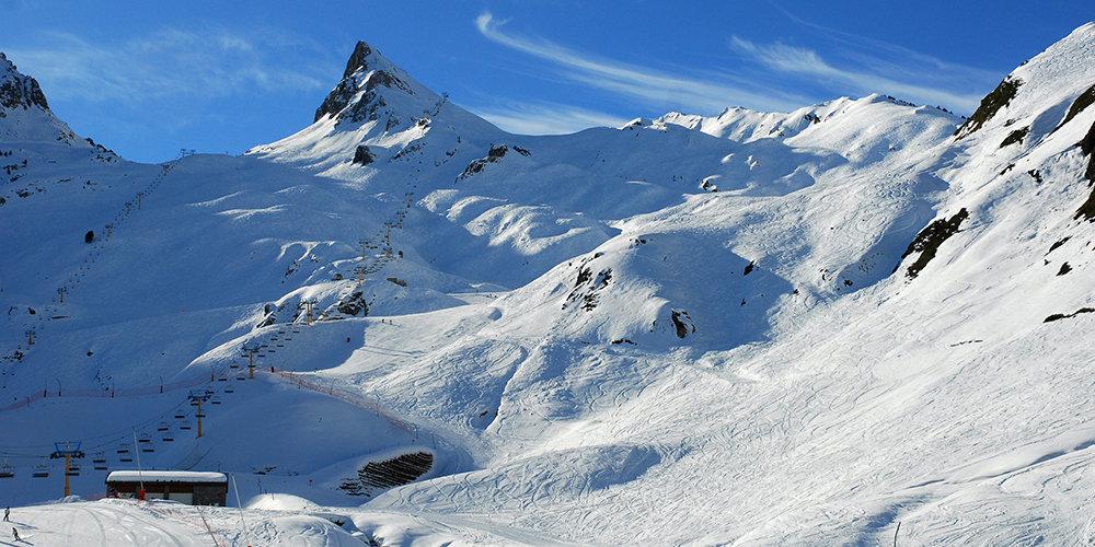 Vue sur le domaine skiable de Luz Ardiden - © NPY Luz-Ardiden
