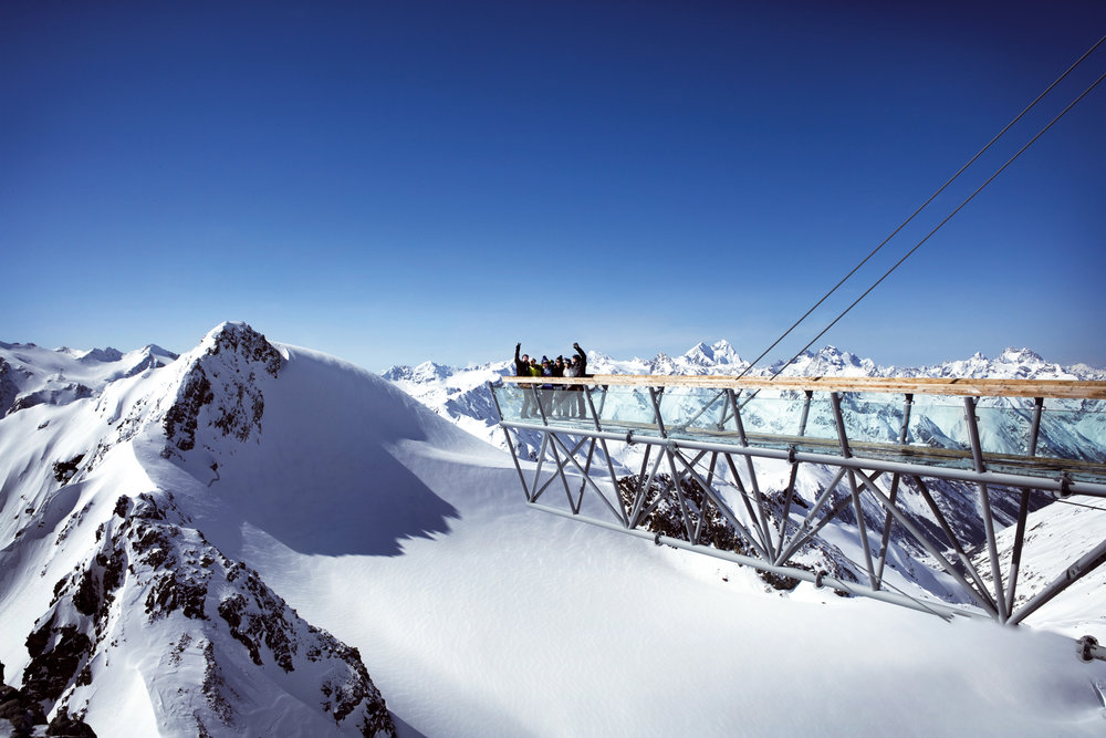 Viewing platform in high-altitude Soelden - © Soelden Tourismus