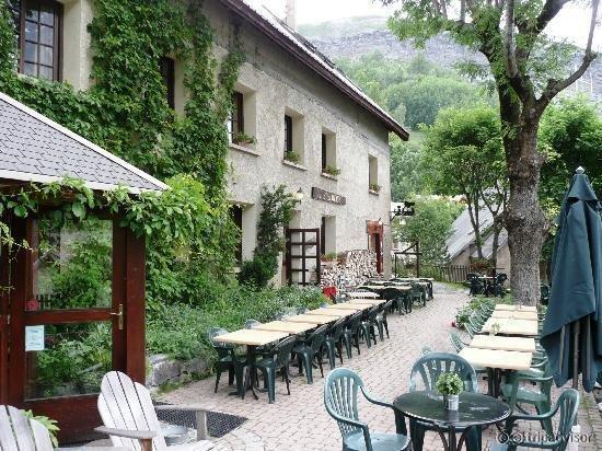 Hôtel des Alpes Skiers Lodge