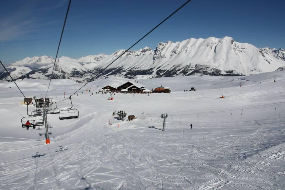Sur les pistes de ski du Devoluy - © Facebook Le Dévoluy