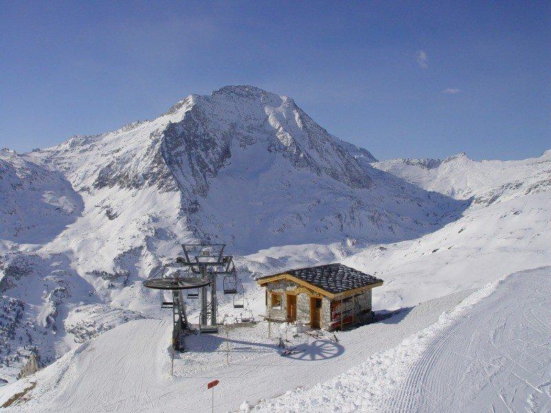 Optez pour le ski de printemps à Aussois et profitez ainsi des conditions de ski encore excellentes et du soleil de plus en plus présent - © OT AUSSOIS
